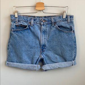 Vintage Levi's high rise cut off shorts